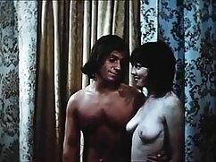 हॉट इंडियन स्वीटहार्ट गड़बड़ और जिज़ पर सेक्सी मूवी एचडी हिंदी में एक थ्रीसम