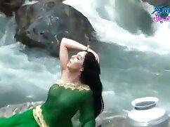 स्पा में लेस्बियन थ्राइव में एलिसा लिन हिंदी में फुल सेक्सी मूवी
