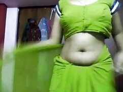 गोरा उसकी पीठ सेक्स की मूवी हिंदी में पर है और चुदाई के लिए तैयार है