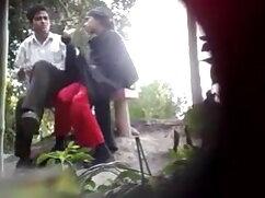 थोड़ी जंगली क्लिप सेक्सी में हिंदी मूवी