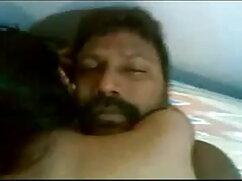 पुरानी हिंदी सेक्सी मूवी वीडियो में कुतिया कार में सिर देती है फिर कुत्ते की खाल