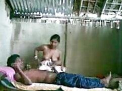 गोरा कुतिया फुल सेक्सी मूवी वीडियो में सफेद मोज़ा में डीप गले गड़बड़