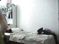 हॉट मूवी सेक्सी फिल्म वीडियो में उल्लू milf होटल के कमरे में आनंद ले रहे